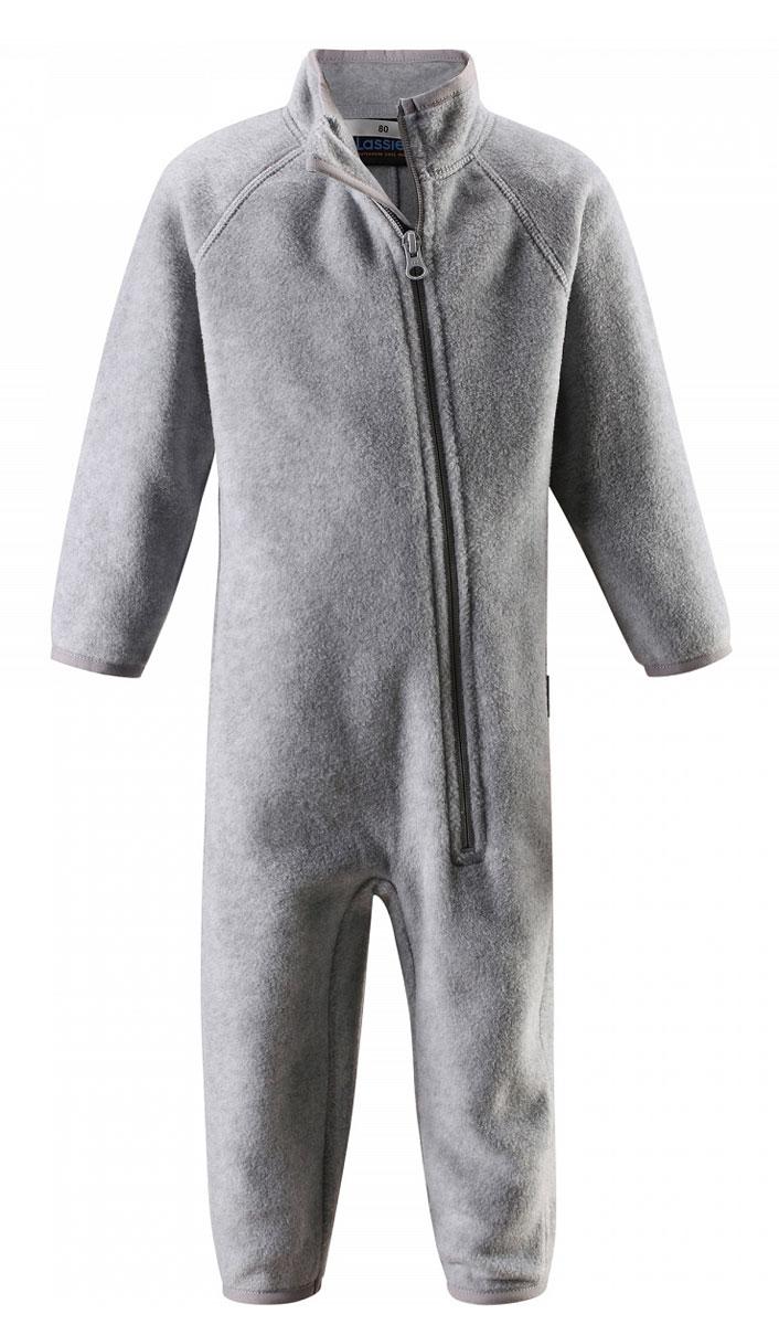 Комбинезон флисовый детский Lassie, цвет: серый. 7167009000. Размер 987167009000Флисовый комбинезон для малышей для прохладной погоды. Можно использовать как верхнюю одежду в сухую погоду весной или поддевать в качестве промежуточного слоя в холода, тогда дышащий материал будет отводить влагу в верхний слой одежды. Высококачественный флис - это очень мягкий, теплый, эластичный, легкий и быстросохнущий материал, он идеально подходит для активных прогулок. Молния во всю длину с защитой для подбородка облегчает одевание. Важно обращать внимание на продуманную отделку: эластичный воротник, манжеты на рукавах и брючинах. Этот комбинезон подарит комфорт даже самой нежной детской коже.