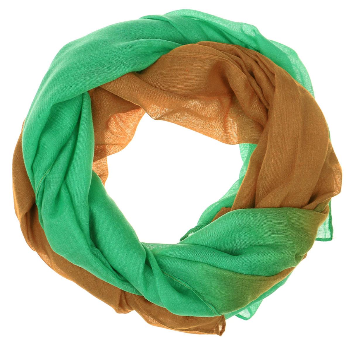 Палантин Vittorio Richi, цвет: зеленый, светло-коричневый. Ro01PC3457-46-75. Размер 95 см х 180 смRo01PC3457-46-75Широкий палантин от Vittorio Richi выполнен из хлопка с добавлением модала. Модель оформлена горизонтальным трехцветным переходом. Обработка кромки - подгибка.