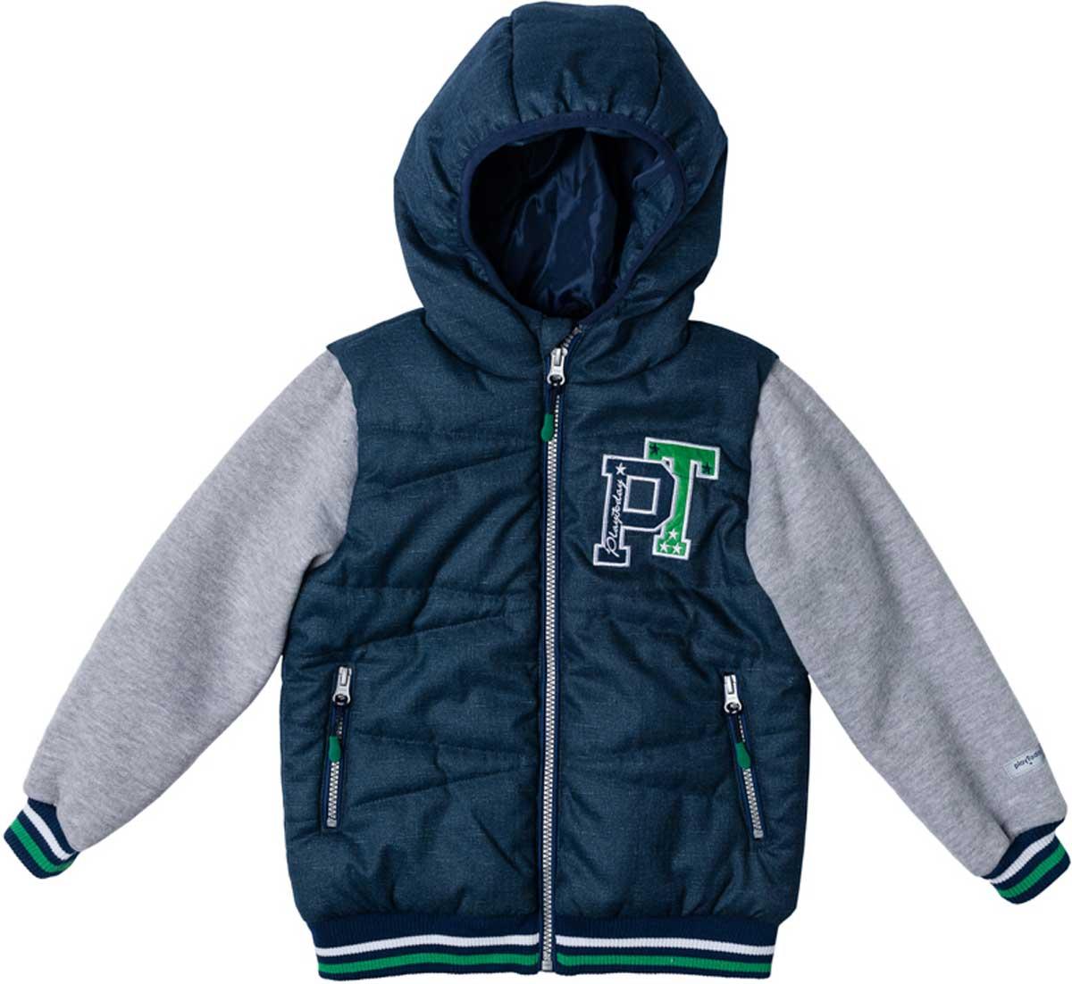 Куртка для мальчика PlayToday, цвет: темно-синий, синий, зеленый. 171002. Размер 110171002Эффектная утепленная куртка с капюшоном на молнии прекрасно подойдет вашему ребенку в прохладную погоду. Специальный карман для фиксации застежки-молнии не позволит застежке травмировать нежную кожу ребенка. Даже у самого активного ребенка капюшон не спадет с головы за счет удобной мягкой резинки. Наличие светоотражателя на подоле позволит видеть вашего ребенка в темное время суток. За счет рукавов из текстиля с начесом, такая куртка будет уместна и в прохладную погоду. Куртка украшена яркой аппликацией.