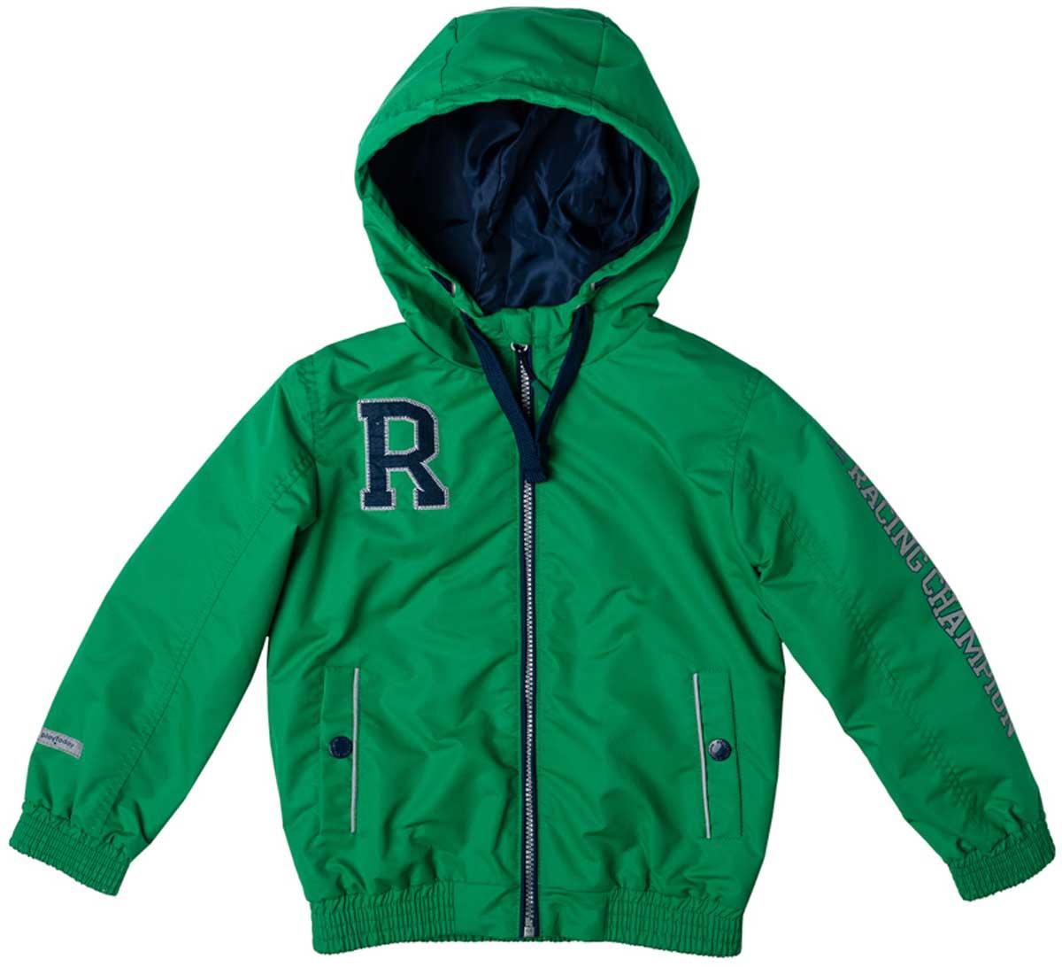 Куртка для мальчика PlayToday, цвет: зеленый, темно-синий, белый. 171003. Размер 104171003Яркая куртка из плотной водоотталкивающей ткани на теплой флисовой подкладке подойдет для дождливой ветреной погоды. Специальный карман для фиксации застежки-молнии не позволит застежке травмировать нежную кожу ребенка. Куртку украшают яркая аппликация и принт на рукаве. Прорезные карманы на застежках кнопках дополнены светоотражателями, Ваш ребенок будет виден в темное время суток. Капюшон можно отрегулировать шнуром - кулиской. Рукава на плотной удобной резинке не дадут замерзнуть.