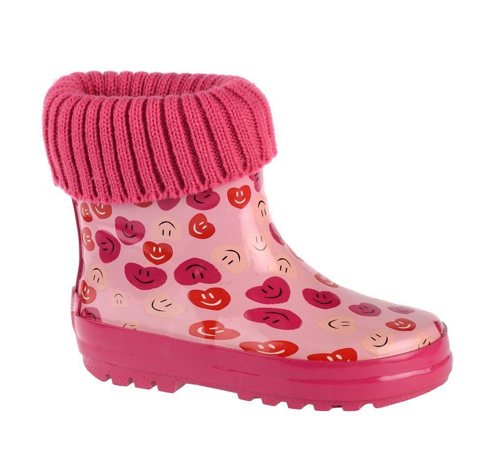 Сапоги резиновые для девочки Flamingo, цвет: розовый, фуксия. 71-HL-0013. Размер 2571-HL-0013Утепленные резиновые сапоги от Flamingo - идеальная обувь в холодную дождливую погоду для вашего ребенка. Сапоги, выполненные из качественной резины, оформлены изображением сердечек и текстильным отворотом. Подкладка и стелька из текстиля не дадут ногам вашего ребенка замерзнуть. Подошва дополнена протектором.