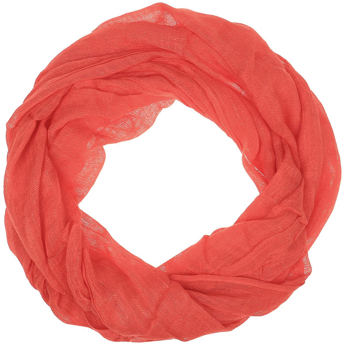 Палантин Vita Pelle, цвет: коралловый. Ro02P135S/110. Размер 62 см х 175 смRo02P135S/110Палантин от Vita Pelle изготовлен изо льна и вискозы. Края изделия дополнены бахромой.