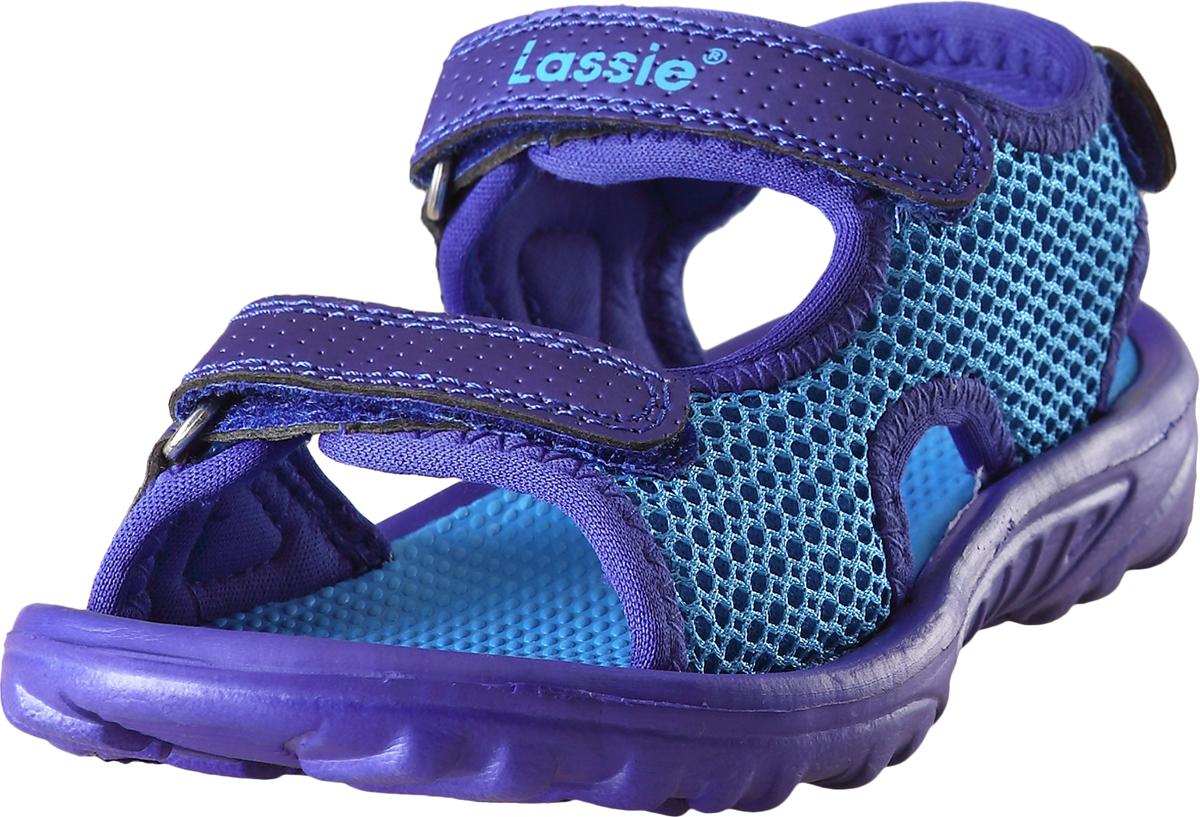Сандалии детские Lassie Pilssi, цвет: синий. 7691076420. Размер 327691076420Легкие детские пляжные сандалии из простого в уходе синтетического материала без содержания ПВХ. Практичные сандалии можно стирать в машине при 30 °C. Благодаря ремешкам на липучке, их легко надевать и легко отрегулировать нужный размер. А благодаря лайкровой подкладке, они очень комфортные и не натирают.