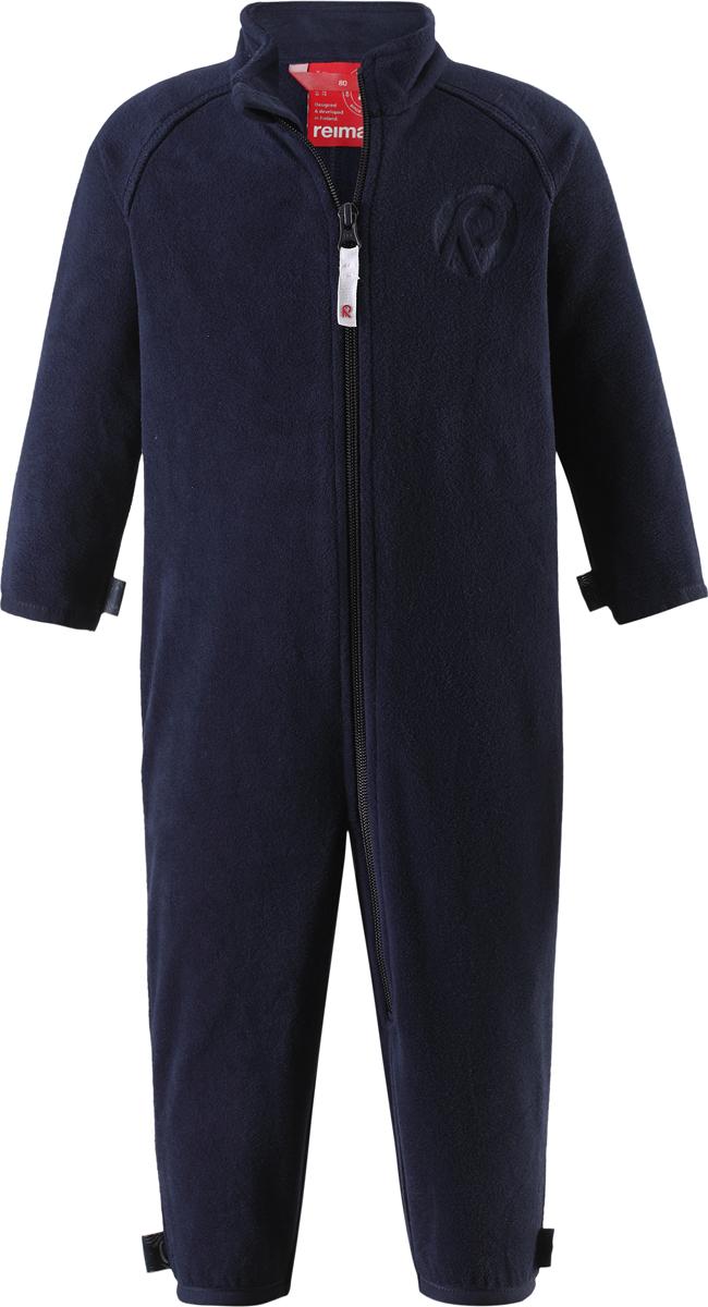 Комбинезон флисовый детский Reima Kiesu, цвет: темно-синий. 5162876980. Размер 685162876980Комбинезон для малышей изготовлен из высококачественного флиса - теплого, легкого и быстросохнущего материала. Комбинезон совместим с одеждой из серии Play Layers его можно пристегнуть к комбинезонам, оснащенным кнопками Play Layers. Зимой он будет самой удобной одеждой промежуточного слоя, а в теплое время года послужит отличной верхней одеждой. Молния во всю длину поможет вам легко одеть вашего ребенка в этот теплый и удобный флисовый комбинезон.