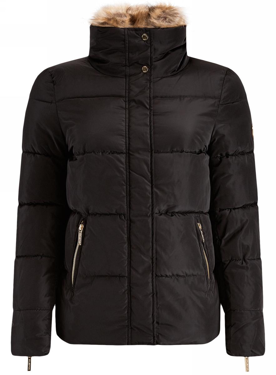 Куртка женская oodji Ultra, цвет: черный. 10203057/45794/2900N. Размер 34-170 (40-170)10203057/45794/2900NЖенская куртка oodji Ultra выполнена из высококачественного материала, в качестве подкладки используется полиэстер. Утеплитель - синтепон. Модель с воротником-стойкой застегивается на застежку-молнию и дополнительно ветрозащитным клапаном на кнопки. Воротник внутри дополнен отстегивающимся мехом. Спереди расположено два втачных кармана на застежках-молниях.