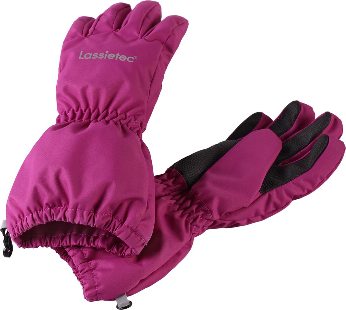 Перчатки детские Lassie, цвет: фуксия. 7277064860. Размер 67277064860Дышащие детские перчатки изготовлены из очень износостойкого и абсолютно водонепроницаемого материала. В них предусмотрена водонепроницаемая мембрана и трикотажная подкладка из полиэстера с начесом. Усиления на ладони, кончиках пальцев и на большом пальце позволяют крепко держать в руках разные сокровища, найденные во время весенних приключений на природе, а еще хорошо согревают ручки. Сверху снабжены светоотражающим элементом.