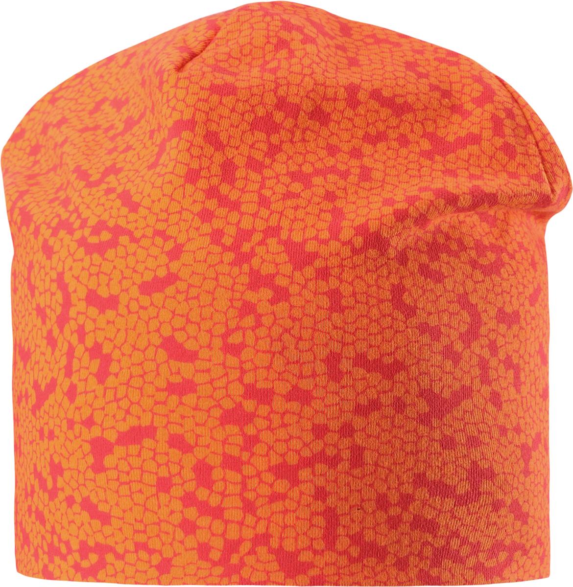 Шапка детская Lassie, цвет: оранжевый. 7287002730. Размер 50/527287002730Удобная трикотажная шапка из хлопка подойдет на все случаи жизни. Полная трикотажная подкладка из смеси хлопка гарантирует тепло, а ветронепроницаемые вставки для ушей защищают от холодного ветра. Декоративная эмблема и модный рисунок.