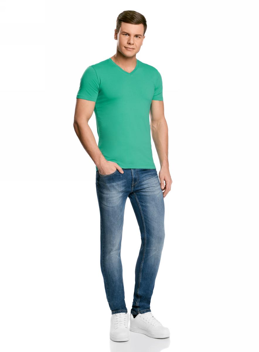 Футболка мужская oodji Basic, цвет: ментол. 5B612002M/39230N/6500N. Размер L (52/54)5B612002M/39230N/6500NБазовая футболка с V-образным вырезом горловины и короткими рукавами выполнена из эластичного хлопка.