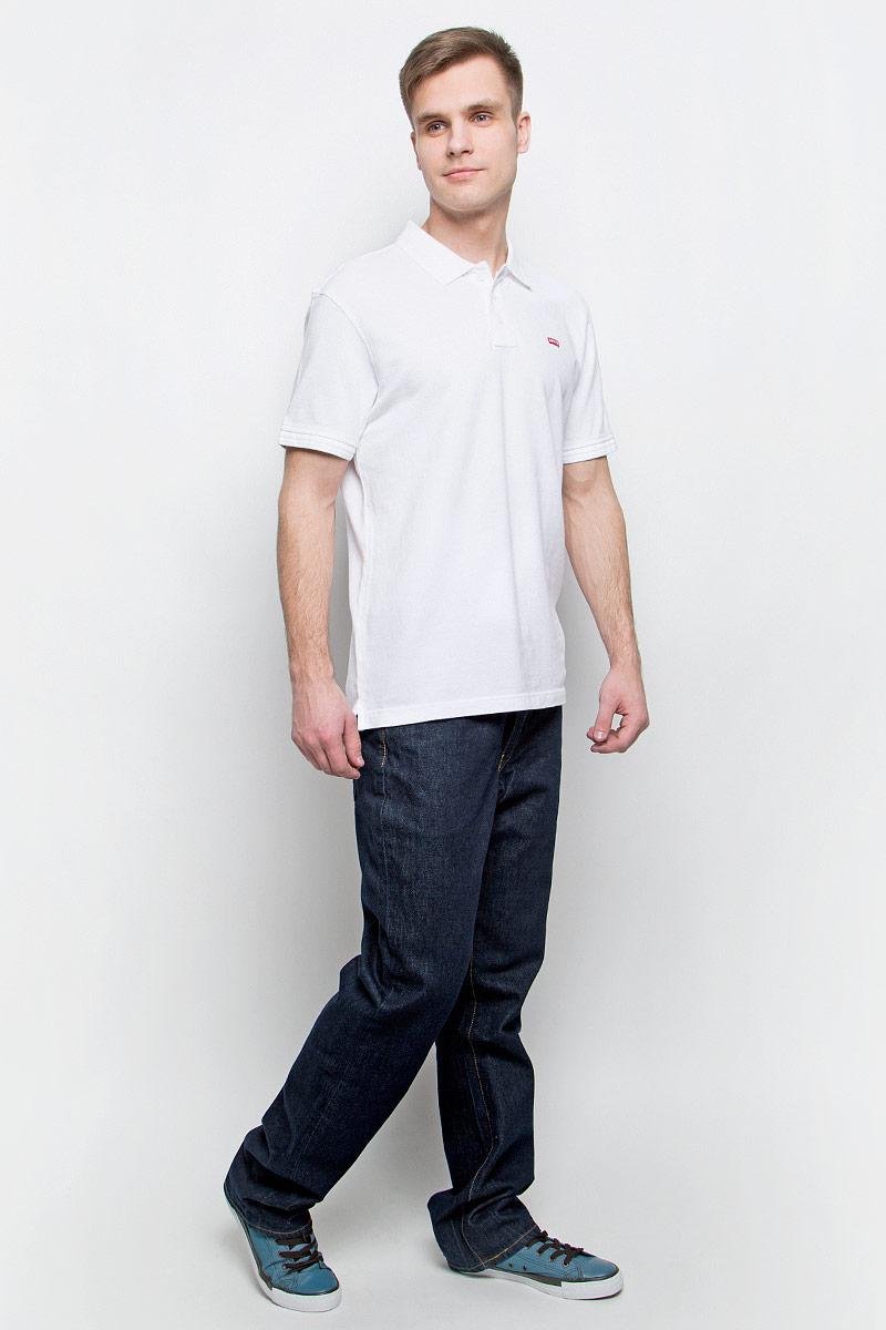 Джинсы мужские Levis® 514, цвет: темно-синий. 0051407360. Размер 32-32 (48-32)0051407360Мужские джинсы Levis® 514 выполнены из высококачественного натурального хлопка. Джинсы прямого кроя застегиваются на пуговицу в поясе и ширинку на застежке-молнии, дополнены шлевками для ремня. Джинсы имеют классический пятикарманный крой: спереди модель дополнена двумя втачными карманами и одним маленьким накладным кармашком, а сзади - двумя накладными карманами.