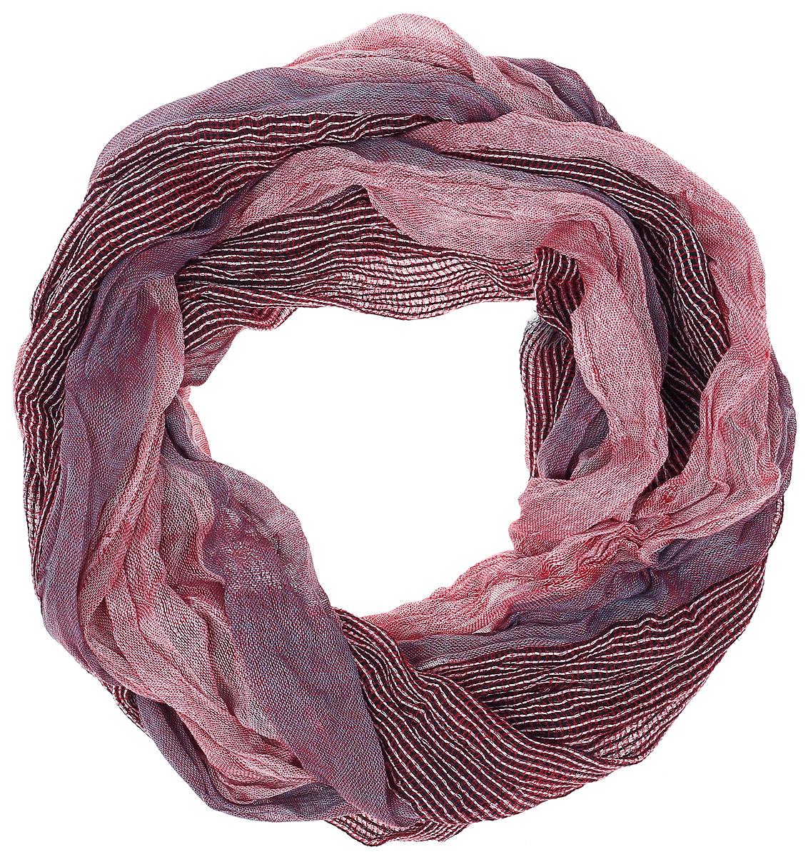 Палантин Vita Pelle, цвет: розовый, бордовый. Ro02PC3283/B4-10. Размер 70 см х 163 смRo02PC3283/B4-10Палантин от Vita Pelle выполнен из жатки и оформлен вставкой с принтом в сложную клетку. Обработка кромки - осыпка.