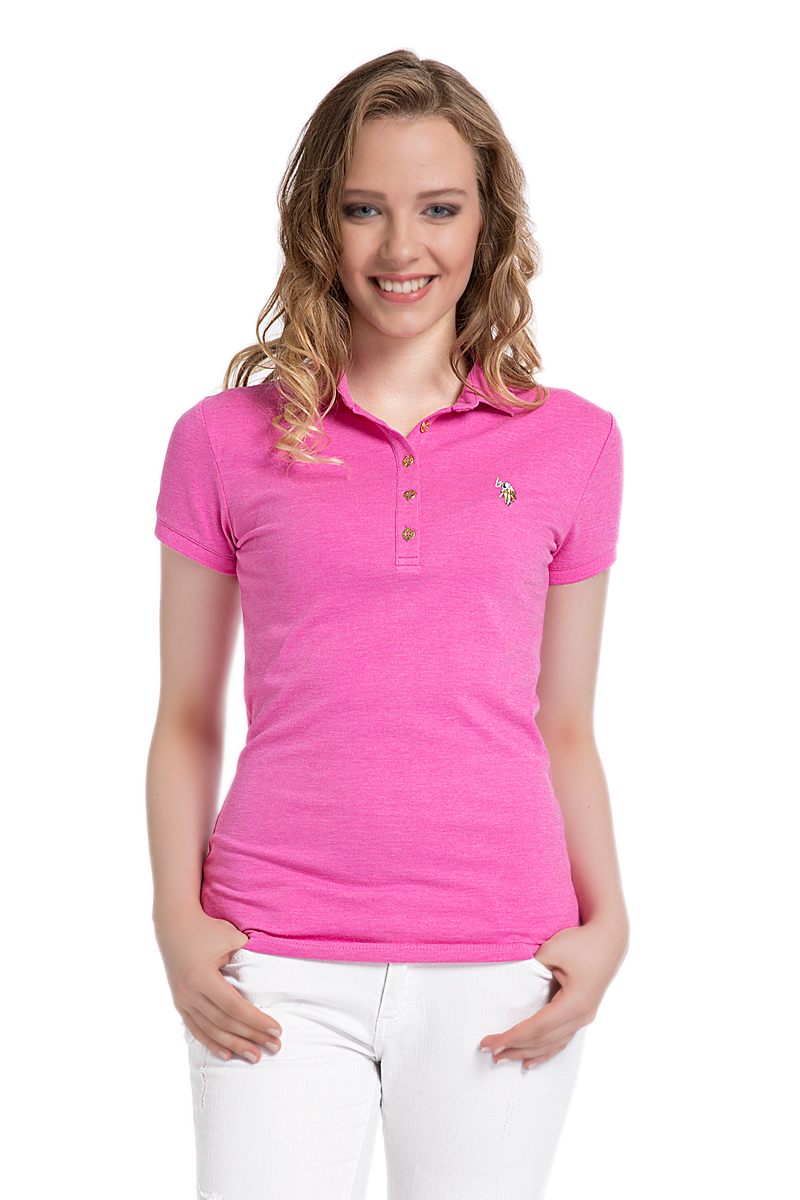 Поло женское U.S. Polo Assn., цвет: розовый. G082SZ0110MABEL. Размер S (44)G082SZ0110MABELСтильная футболка-поло с короткими рукавами и отложным воротником выполнена из высококачественного материала. На груди модель застегивается на пуговицы.
