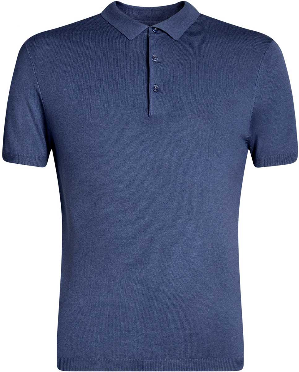 Поло мужское oodji Basic, цвет: синий. 4B512002M/39795N/7500N. Размер M (50)4B512002M/39795N/7500NВязаноеполо с коротким рукавом и отложным воротником на груди застегивается на пуговицы.