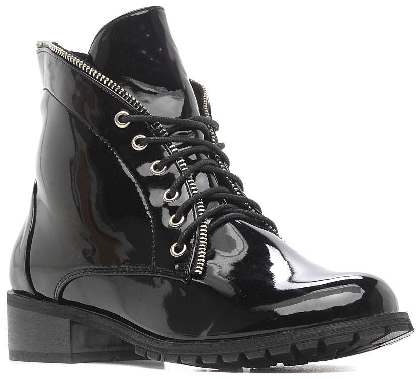 Ботинки женские Vivian Royal, цвет: черный. W2175-1. Размер 37W2175-1Стильные женские ботинки от Vivian Royal выполнены из искусственной лакированной кожи. Подкладка и стелька из байки обеспечат комфорт. Шнуровка надежно зафиксирует модель на ноге. Подошва и невысокий каблук дополнены рифлением.