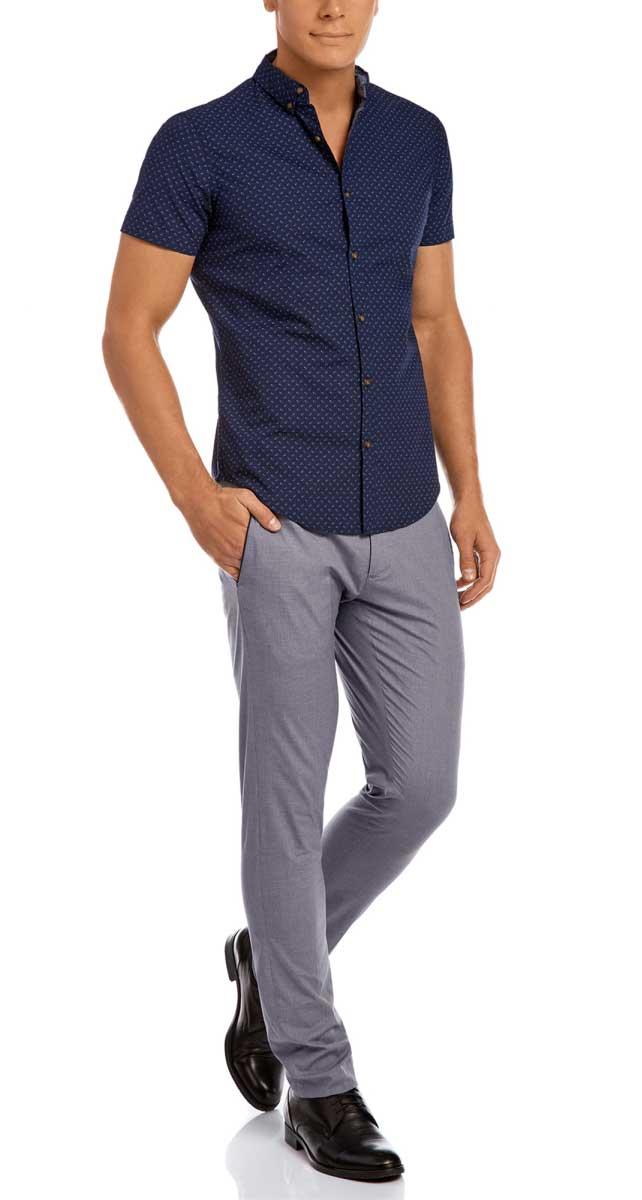 Рубашка мужская oodji Lab, цвет: индиго, синий. 3L410084M/39312N/7875F. Размер S-182 (46/48-182)3L410084M/39312N/7875FМужская рубашка от oodji выполнена из натурального хлопка. Модель приталенного кроя с короткими рукавами застегивается на пуговицы.