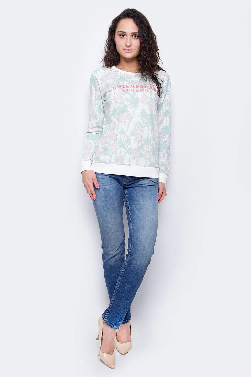 Джинсы женские Lee Emlyn, цвет: синий. L370BCQD. Размер 28-33 (44-33)L370BCQDСтильные женские джинсы Lee Emlyn - отличная модель на каждый день, которая прекрасно вам подойдет. Изделие изготовлено из высококачественного эластичного хлопка. Джинсы слегка зауженного к низу кроя и средней посадки на талии застегиваются на металлическую пуговицу, также имеются ширинка на застежке-молнии и шлевки для ремня. Спереди модель дополнена двумя втачными карманами со скошенными краями и небольшим накладным кармашком, а сзади - двумя накладными карманами. Модель оформлена модной контрастной отстрочкой. Эти эффектные и в то же время комфортные джинсы послужат превосходным дополнением к вашему гардеробу.