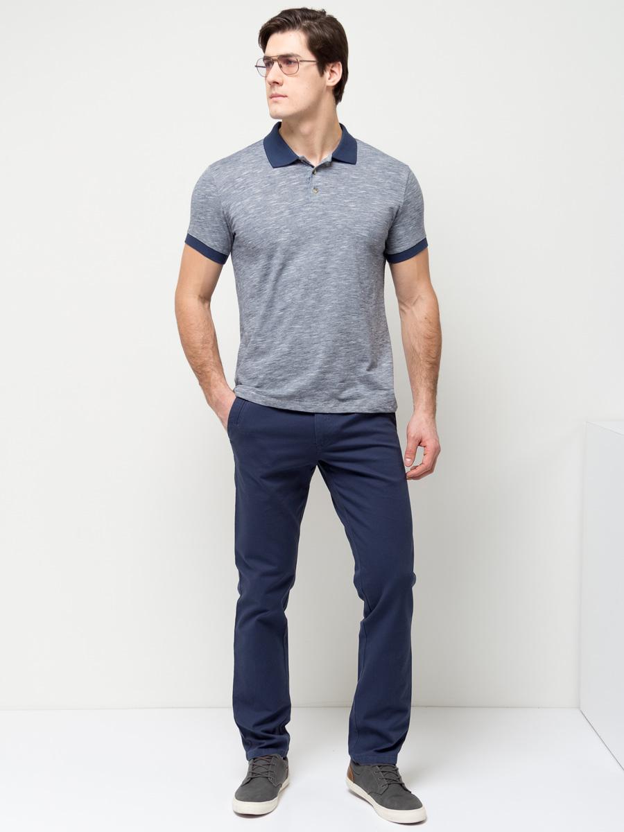 Поло мужское Sela, цвет: синий. Tsp-211/2036-7111. Размер S (46)Tsp-211/2036-7111Стильная мужская футболка-поло Sela, выполненная из натурального хлопка, станет отличным дополнением гардероба в летний период. Модель полуприлегающего кроя с короткими рукавами и отложным воротничком застегивается на пуговицы до середины груди. Манжеты рукавов и воротничок выполнены из материала контрастного цвета. Универсальный цвет позволяет сочетать модель с любой одеждой.