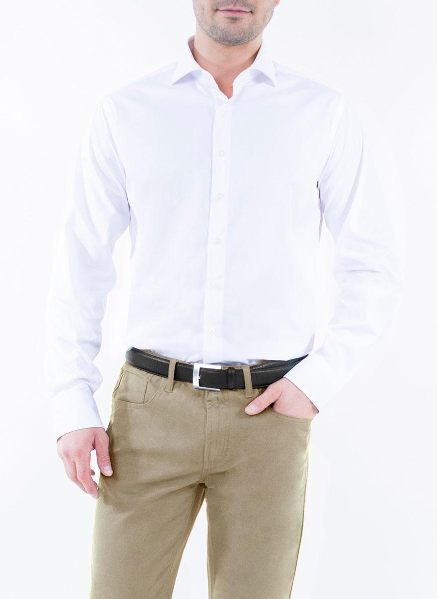 Рубашка мужская Greg Horman, цвет: белый. 2-171-20-1375. Размер 46 (58)2-171-20-1375Мужская рубашка Greg Horman выполнена из хлопка с добавлением полиэстера. Модель полуприталенного силуэта с отложным воротником и длинными рукавами застегивается по всей длине на пуговицы, украшенные символикой бренда. Манжеты рукавов также застегиваются на пуговицы. Удобный крой, выверенный силуэт и безупречное исполнение делает эту рубашку уникальным решением для стильных образов и незаменимым атрибутом мужского гардероба.