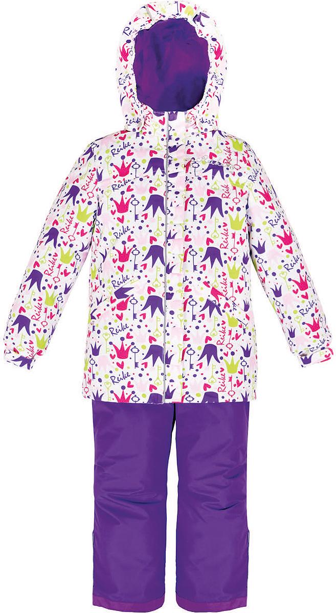 Комплект верхней одежды для девочки Reike Принцесса: куртка, полукомбинезон, цвет: белый. 36936001. Размер 110, 5 лет36 936 001_Crown whiteКомплект для девочки Reike Принцесса, состоящий из куртки и полукомбинезона, выполнен из ветрозащитного, водонепроницаемого, дышащего и износостойкого материала, декорированного ярким принтом. Подкладка - принтованный полиэстер, в манжетах и воротнике флисовые вставки. Куртка дополнена съемным регулирующимся капюшоном с полосками светоотражателя и двумя карманами на кнопках. Манжеты рукавов утягиваются с помощью липучек. Ветрозащитная планка со светоотражающей полоской вдоль молнии не допускает проникновения холодного воздуха. На груди куртка украшена дополнительным декором: серебристой вышивкой Reike и стразами.Завышенная талия полукомбинезона и регулируемые подтяжки гарантируют удобную посадку по фигуре. Низ усилен защитой от истирания. Полукомбинезон оснащен светоотражателями, двумя боковыми карманами на молнии.Особенности комплекта: - базовый уровень;- коэффициент воздухопроницаемости: 2000гр/м2/24 ч;- водоотталкивающее покрытие: 2000 мм.