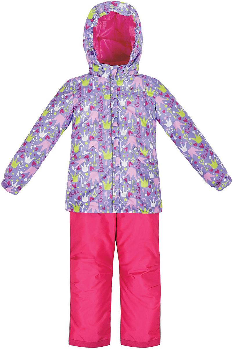 Комплект верхней одежды для девочки Reike Принцесса: куртка, полукомбинезон, цвет: фиолетовый. 36936301. Размер 104, 4 года36 936 301_Crown violetКомплект для девочки Reike Принцесса, состоящий из куртки и полукомбинезона, выполнен из ветрозащитного, водонепроницаемого, дышащего и износостойкого материала, декорированного ярким принтом. Подкладка - принтованный полиэстер, в манжетах и воротнике флисовые вставки. Куртка дополнена съемным регулирующимся капюшоном с полосками светоотражателя и двумя карманами на кнопках. Манжеты рукавов утягиваются с помощью липучек. Ветрозащитная планка со светоотражающей полоской вдоль молнии не допускает проникновения холодного воздуха. На груди куртка украшена дополнительным декором: серебристой вышивкой Reike и стразами.Завышенная талия полукомбинезона и регулируемые подтяжки гарантируют удобную посадку по фигуре. Низ усилен защитой от истирания. Полукомбинезон оснащен светоотражателями, двумя боковыми карманами на молнии.Особенности комплекта: - базовый уровень;- коэффициент воздухопроницаемости: 2000гр/м2/24 ч;- водоотталкивающее покрытие: 2000 мм.