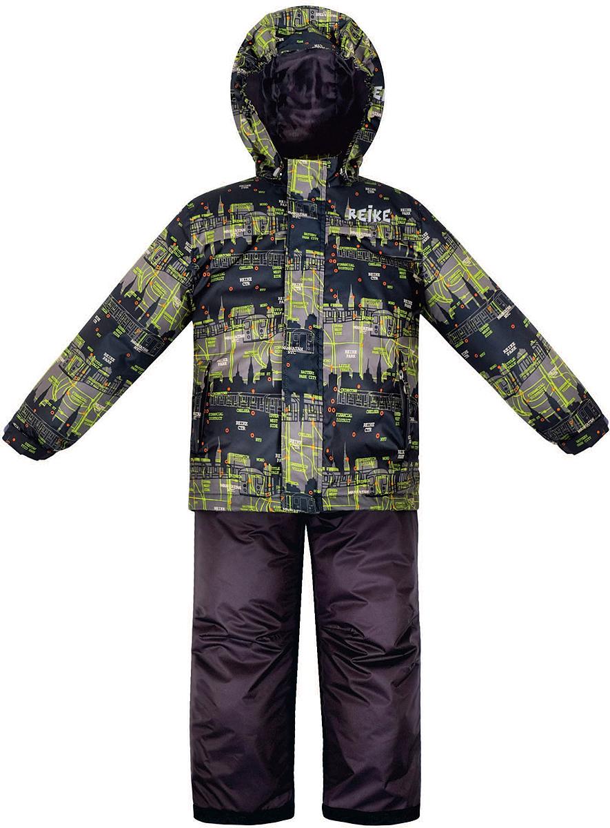 Комплект верхней одежды для мальчика Reike Метро: куртка, полукомбинезон, цвет: черный. 36938115. Размер 128, 8 лет36 938 115_Subway blackКомплект для мальчика Reike Метро состоит из куртки, декорированной принтом в городской стилистике, и однотонного полукомбинезона. Комплект выполнен из ветрозащитной, водонепроницаемой и дышащей мембранной ткани на подкладке со вставками из микрофлиса (спинка, грудь куртки). Куртка дополнена съемным регулирующимся капюшоном, тремя карманами и светоотражателями. Ветрозащитная планка на кнопках и липучках вдоль молнии не допустит проникновения холодного воздуха.Завышенная талия и регулируемые подтяжки полукомбинезона гарантируют удобную посадку по фигуре. Низ усилен защитой от истирания. Оснащены двумя боковыми карманами на молнии, а также съемными штрипками. Особенности комплекта: - базовый уровень;- коэффициент воздухопроницаемости: 2000гр/м2/24 ч;- водоотталкивающее покрытие: 2000 мм.