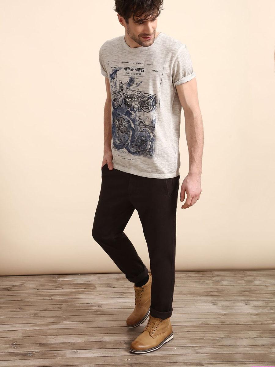 Брюки мужские Top Secret, цвет: коричневый. SSP2408BR31[E]. Размер 31 (46/48)SSP2408BRСтильные мужские брюки Top Secret - брюки высочайшего качества на каждый день, которые прекрасно сидят. Модель изготовлена из высококачественного хлопка и эластана. Эти модные и в тоже время комфортные брюки послужат отличным дополнением к вашему гардеробу. В них вы всегда будете чувствовать себя уютно и комфортно.