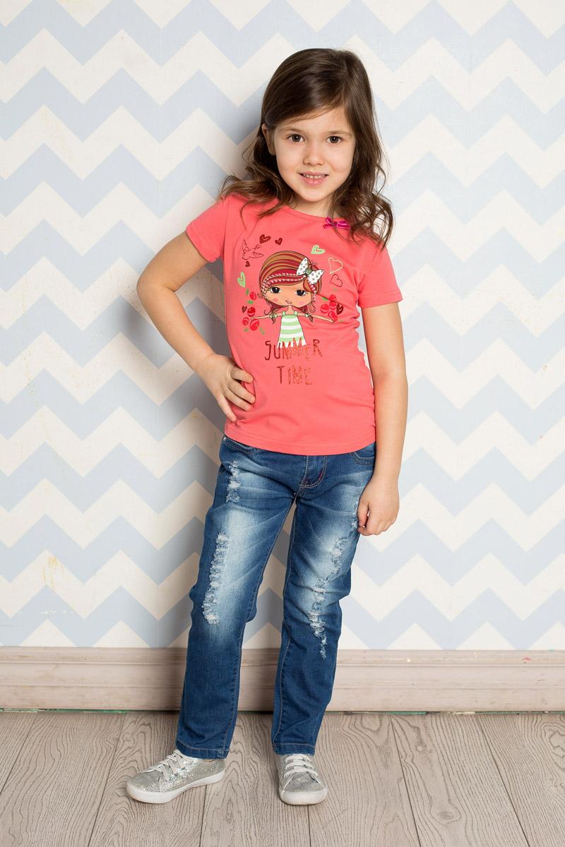 Джинсы для девочки Sweet Berry, цвет: синий. 714173. Размер 122714173Стильные джинсы для девочки Sweet Berry выполнены из эластичного хлопка с эффектом потертости и разрывов. Джинсы зауженного кроя и стандартной посадки на талии застегиваются на пуговицу и имеют ширинку на застежке-молнии. Модель представляет собой классическую пятикарманку: два втачных и один маленький накладной кармашек спереди и два накладных кармана сзади. На поясе имеются шлевки для ремня. С внутренней стороны пояс дополнен вшитыми эластичными лентами, регулирующими посадку по талии. Накладные кармашки сзади украшены вышивкой и стразами.