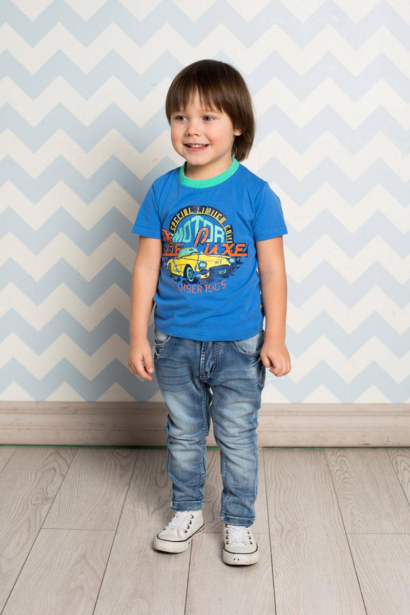 Футболка для мальчика Sweet Berry Baby, цвет: ярко-синий. 711007. Размер 80711007Яркая футболка для мальчика Sweet Berry, выполненная из качественного эластичного хлопка, станет отличным дополнением к детскому гардеробу. Модель с круглым вырезом горловины оформлена оригинальным стилизованным принтом? выполненным в технике кракелюр. Воротник дополнен мягкой трикотажной резинкой контрастного цвета.