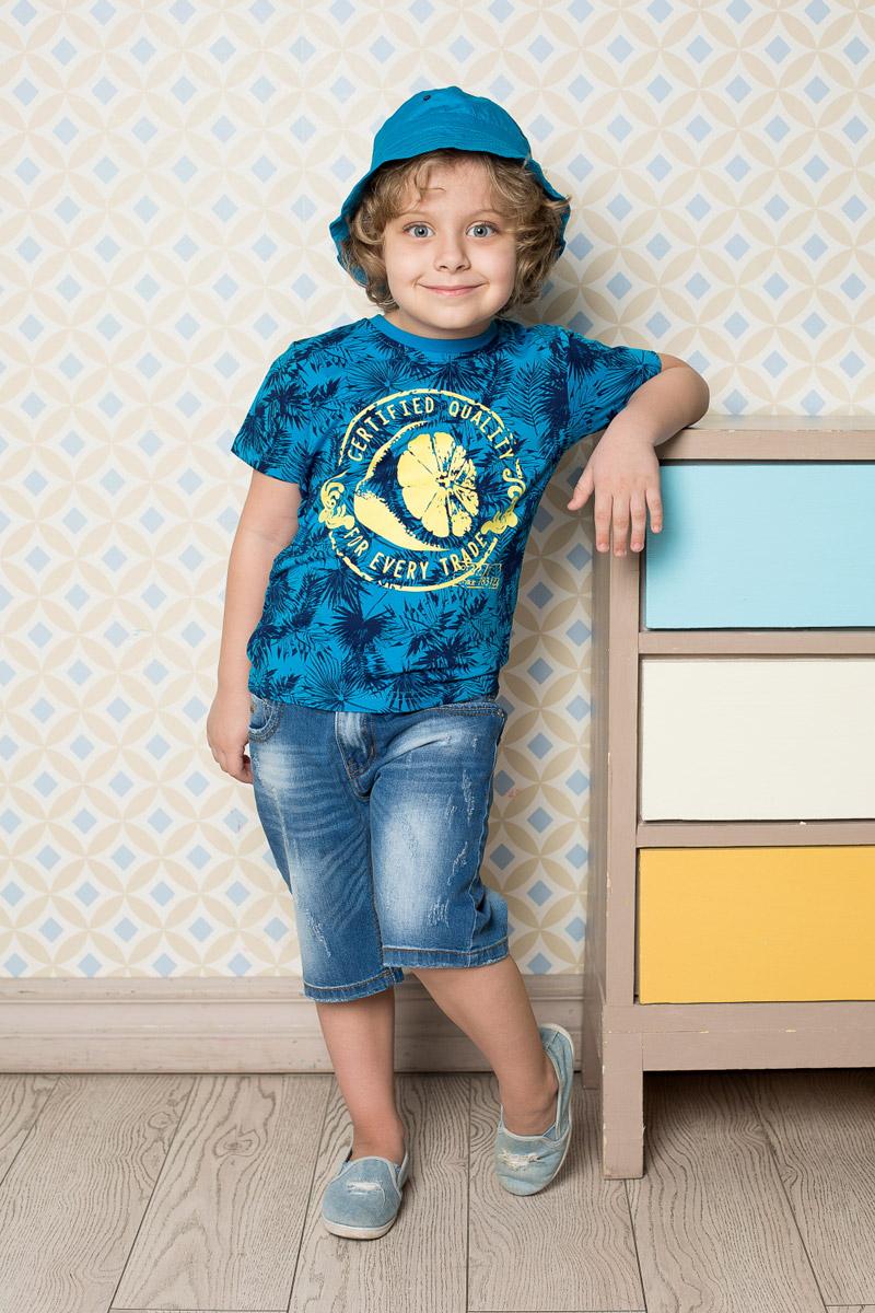Футболка для мальчика Sweet Berry, цвет: ярко-синий. 713042. Размер 116713042Яркая футболка для мальчика Sweet Berry, выполненная из качественного эластичного хлопка, станет отличным дополнением к детскому гардеробу. Модель с круглым вырезом горловины оформлена оригинальным принтом. Воротник дополнен мягкой трикотажной резинкой.