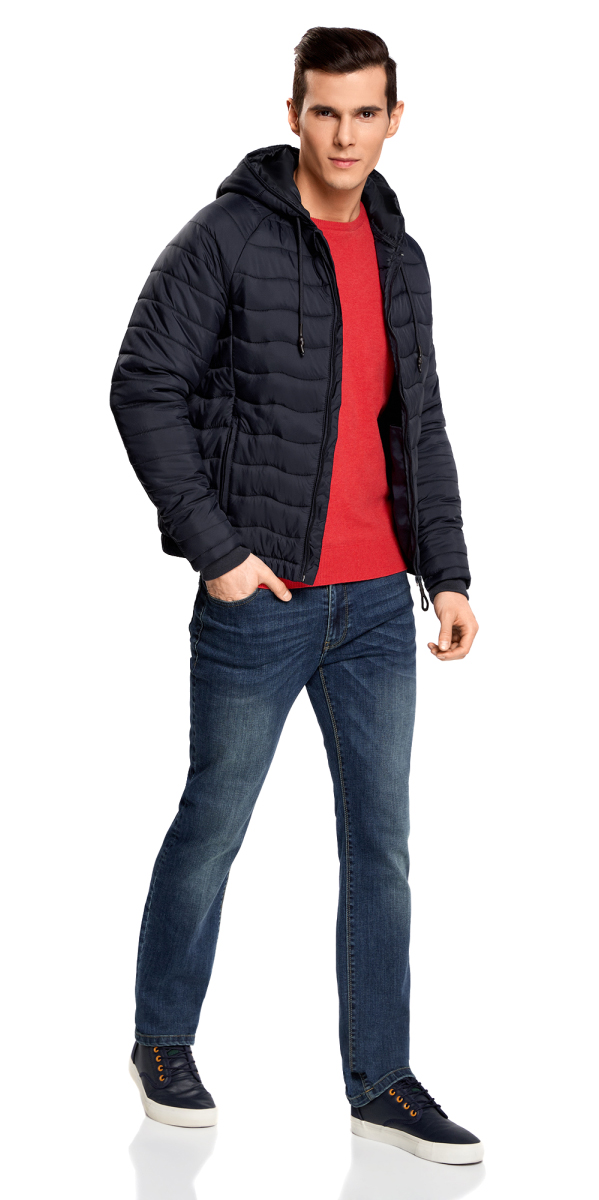 Куртка мужская oodji Lab, цвет: темно-синий. 1L112024M/25278N/7900N. Размер XXL-182 (58/60-182)1L112024M/25278N/7900NМужская стеганая куртка oodji Lab выполнена из высококачественного материала. В качестве подкладки и утеплителя используется полиэстер. Модель с несъемным капюшоном застегивается на застежку-молнию. Капюшон дополнен по краю шнурком-кулиской. Рукава имеют внутренние эластичные манжеты. Спереди расположено два прорезных кармана на застежках-молниях.