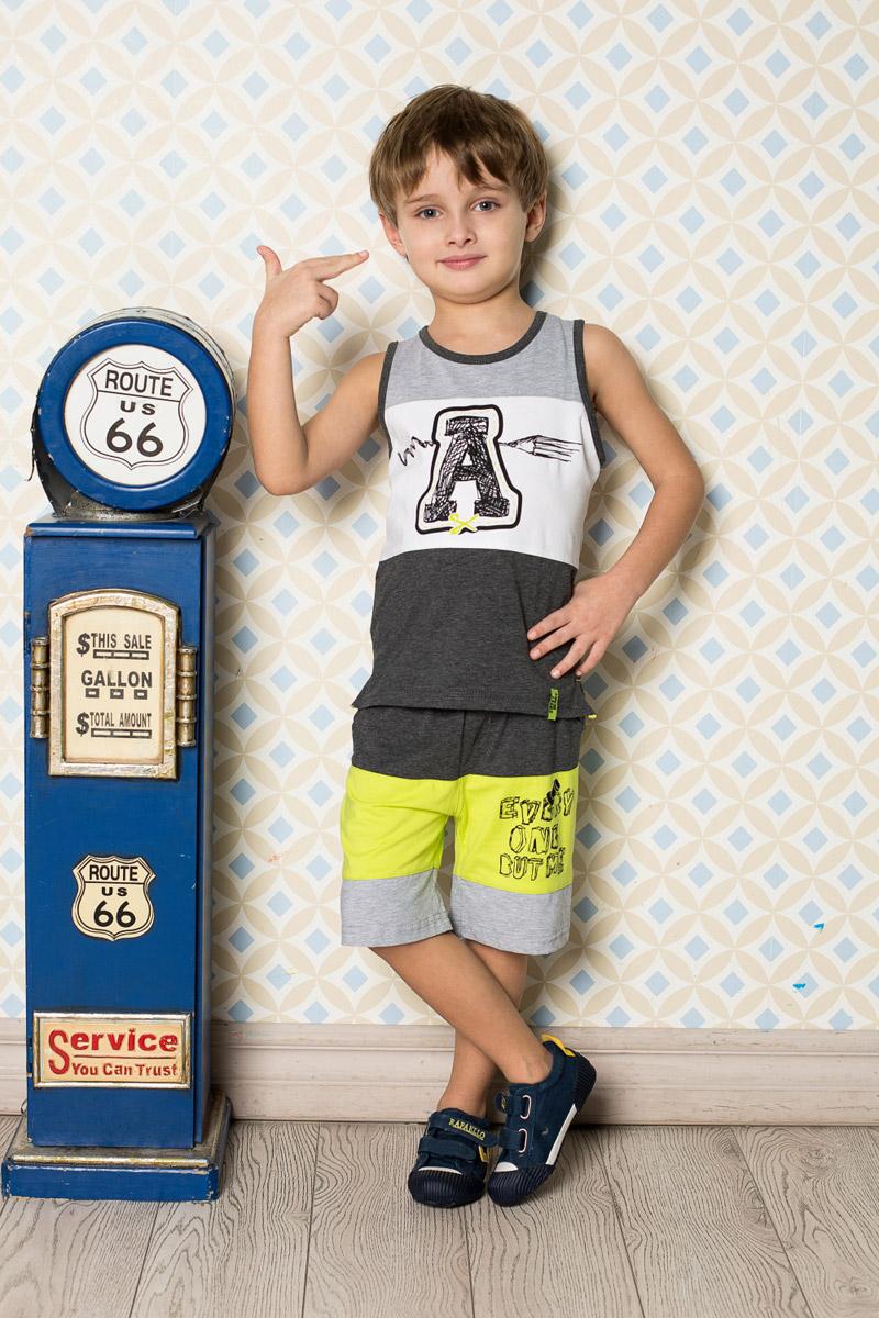 Шорты для мальчика Sweet Berry, цвет: серый, салатовый. 713121. Размер 98713121Стильные шорты для мальчика Sweet Berry выполнены из мягкого трикотажного материала трех цветов и оформлены модным принтом. Модель прямого кроя имеет пояс на мягкой резинке, дополнительно регулируемый шнурком. Спереди изделие дополнено двумя втачными карманами.