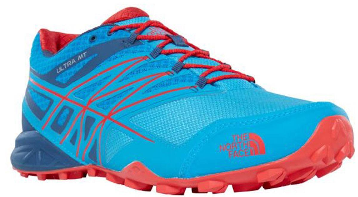 Кроссовки для бега мужские The North Face M Ultra Mt Gtx, цвет: голубой. T932Z1TEM. Размер 12H (46)T932Z1TEMThe North Face легкие и очень комфортные кроссовки для бега. Удобная шнуровка, верх из сетчатой ткани, мягкая пятка для облегченного входа - в этих кроссовках есть все для комфортного передвижения в течение всего дня. Рельефная поверхность подошвы гарантируют отличное сцепление на любых поверхностях. В таких кроссовках вашим ногам будет комфортно и уютно.