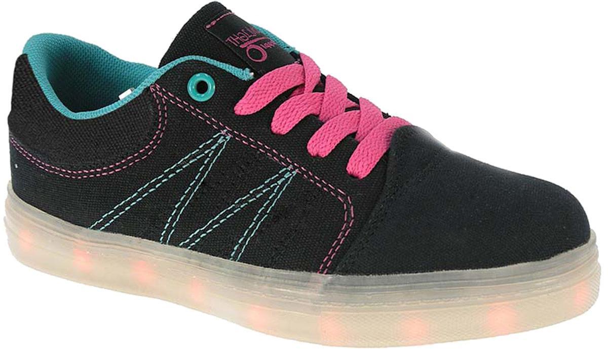 Кроссовки детские Beppi, цвет: черный. 2150971. Размер 302150971Детские кроссовки от Beppi выполнены из плотного текстиля. Подкладка и стелька из текстиля комфортны при движении. Шнуровка надежно зафиксирует модель на ноге. Подошва дополнена рифлением.