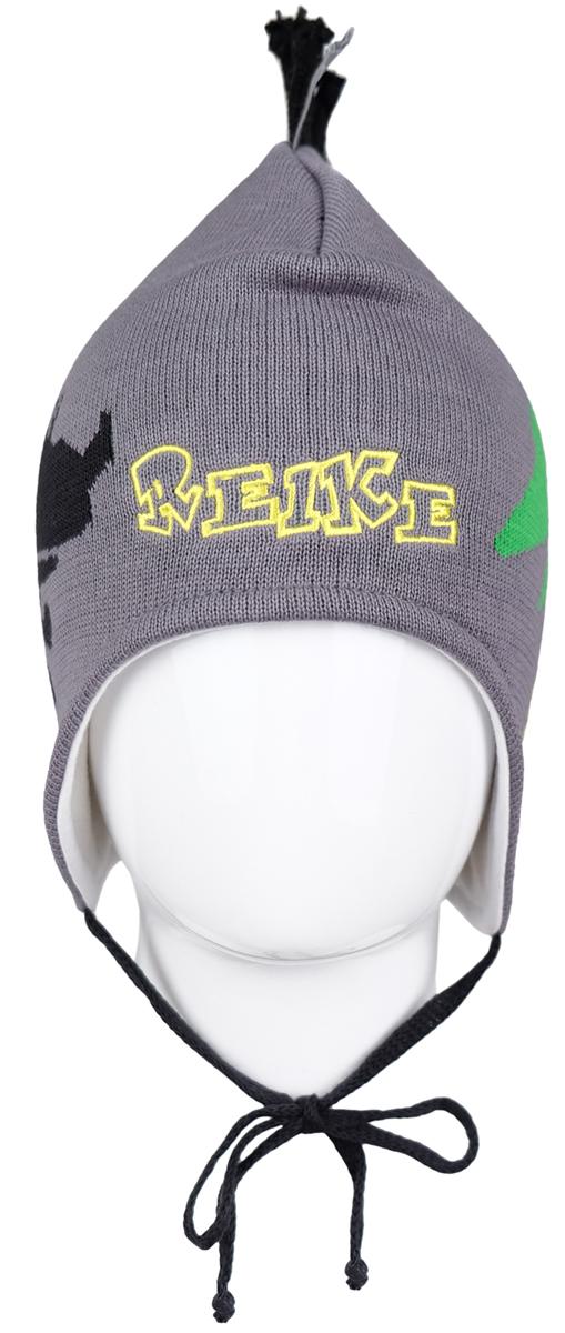 Шапка для мальчика Reike Динозаврики, цвет: светло-серый. RKNSS17-DIN1-YN. Размер 46RKNSS17-DIN1-YN_greyЯркая двухслойная шапка для мальчикаReike Динозаврики, изготовленная из натурального хлопка мелкой вязки, защитит голову ребенка от ветра в прохладную погоду. Модель с удлиненными ушками оформлена принтом, вышитым логотипом Reike и ирокезом из шнурков. Изделие фиксируется на голове при помощи завязок.Уважаемые клиенты!Размер, доступный для заказа, является обхватом головы.