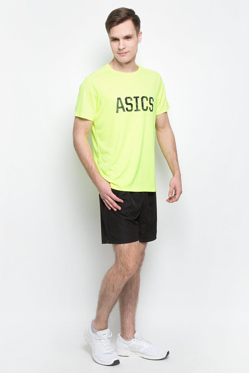 Футболка мужская Asics Ss Graphic Tee, цвет: салатовый. 142879-0392. Размер XL (52/54)142879-0392Спортивная мужская футболка Asics Ss Graphic Tee, выполненная из высококачественного полиэстера, обладает высокой воздухопроницаемостью, а также превосходно отводит влагу от тела, оставляя кожу сухой даже во время интенсивных тренировок. Такая футболка великолепно подойдет как для повседневной носки, так и для спортивных занятий. Модель с короткими рукавами и круглым вырезом горловины оформлена крупным принтом с логотипом бренда на груди.