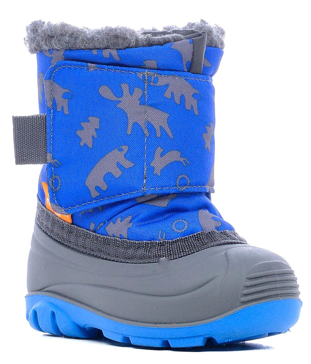 Дутики для мальчика Nordman, цвет: синий. 111006-04. Размер 26111006-04Детские сноубутсы Nordman защитят ножки малыша, когда на улице слякоть и снежная каша.Оптимально их носить при температуре от +5°С до -5°С. Нижняя часть полностью водонепроницаемая, верхняя - из ткани с водоотталкивающей пропиткой. Внутри - теплый мех и мягкая войлочная стелька. У сапожек удобная широкая липучка. Подошва с рифлением обеспечивает идеальное сцепление с разными поверхностями.