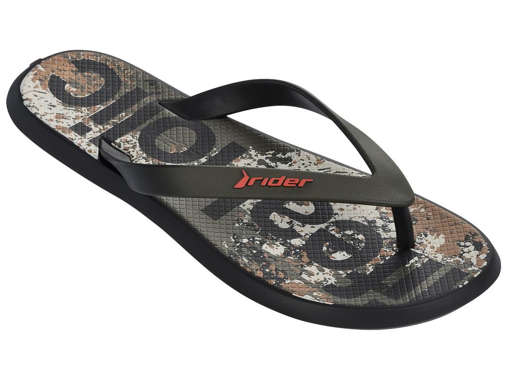 Сланцы мужские Rider Energy VI AD, цвет: черный. 82024-21555. Размер BRA 43/44 (44/45)82024-21555Стильные мужские сланцы Energy VI AD от Rider придутся вам по душе. Верх модели выполнен из поливинилхлорида. Ремешки с перемычкой гарантируют надежную фиксацию модели на ноге. Рифление на верхней поверхности подошвы предотвращает выскальзывание ноги. Основание подошвы дополнено рифлением.