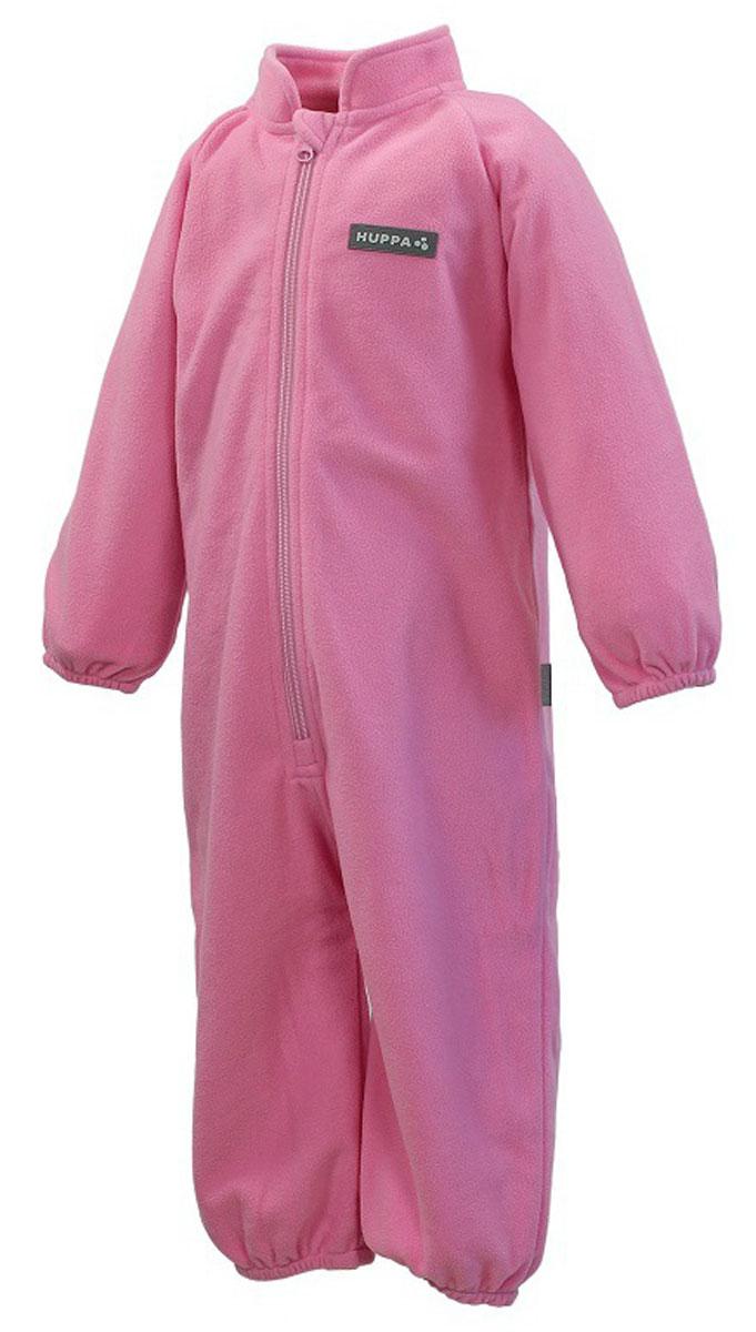 Комбинезон флисовый детский Huppa Roland, цвет: розовый. 3304BASE-60013. Размер 983304BASE-60013Детский комбинезон Huppa Roland - очень удобный и практичный вид одежды для малышей. Комбинезон выполнен из флиса, благодаря чему он необычайно мягкий и приятный на ощупь, не раздражает нежную кожу ребенка и хорошо вентилируется. Комбинезон с длинными рукавами и воротником-стойкой застегивается на пластиковую молнию с защитой подбородка. Рукава и штанины дополнены эластичными резинками. Спереди модель дополнена небольшой нашивкой с названием бренда. С детским комбинезоном спинка и ножки вашего ребенка всегда будут в тепле.