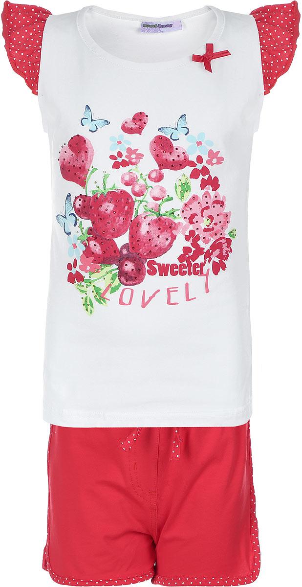 Комплект для девочки Sweet Berry: футболка, шорты, цвет: белый, красный, зеленый, голубой. 714154. Размер 104, 4 года714154Комплект из футболки и шорт Sweet Berry изготовлен из эластичного хлопка. Футболка оформлена рукавами-крылышками в складочку и принтом изображающим луг, украшена стразами и маленьким текстильным бантиком, Шорты украшены крупным текстильным бантиком спереди посередине.