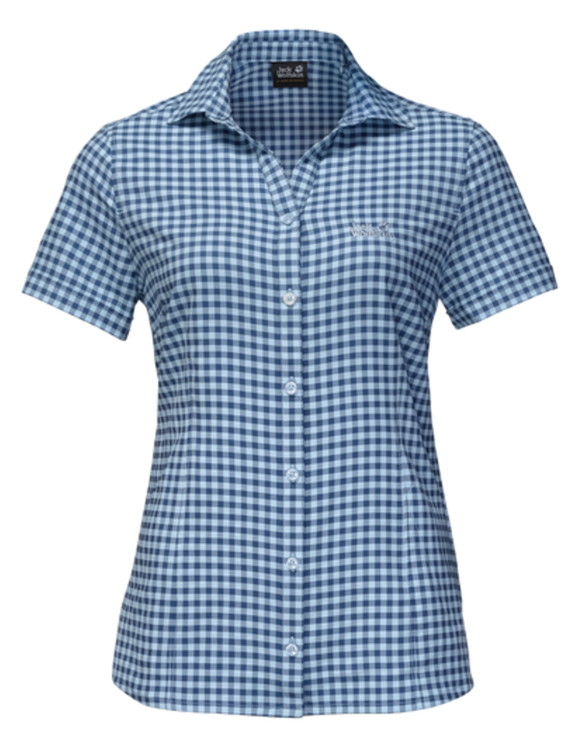 Рубашка женская Jack Wolfskin Kepler Shirt W, цвет: синий. 1401723-7919. Размер L (48)1401723-7919Рубашка женская Kepler Shirt выполнена из 100% полиэстера. Ткань дышащая, легкая, приятная на ощупь и эластичная, она обладает высокой защитой от ультрафиолета (UPF 50+) и быстро сохнет. Рубашка застегивается на пуговицы, имеет отложной воротник и короткие стандартные рукава, а также секретный карман. Модель дополнена принтом в клетку и логотипом бренда. Такая рубашка идеально подходит для путешествий в жаркие страны и повседневной носки в летний сезон.