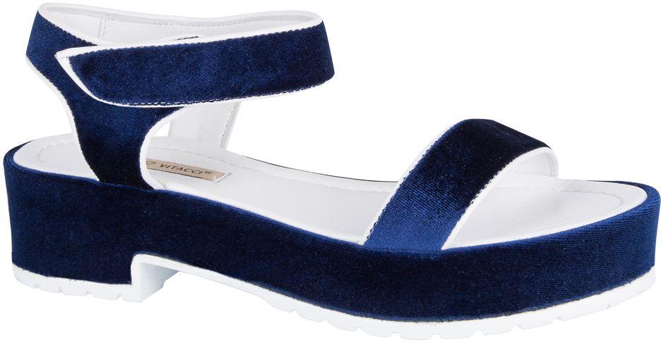 Сандалии женские Vitacci, цвет: синий. 132001. Размер 40132001Стильные женские сандалии от Vitacci не оставят вас незамеченной! Модель выполнена из качественного текстиля. Ремешок с липучкой надежно зафиксирует модель на ноге. Стельки из натуральной кожи гарантируют комфорт и удобство при ходьбе.