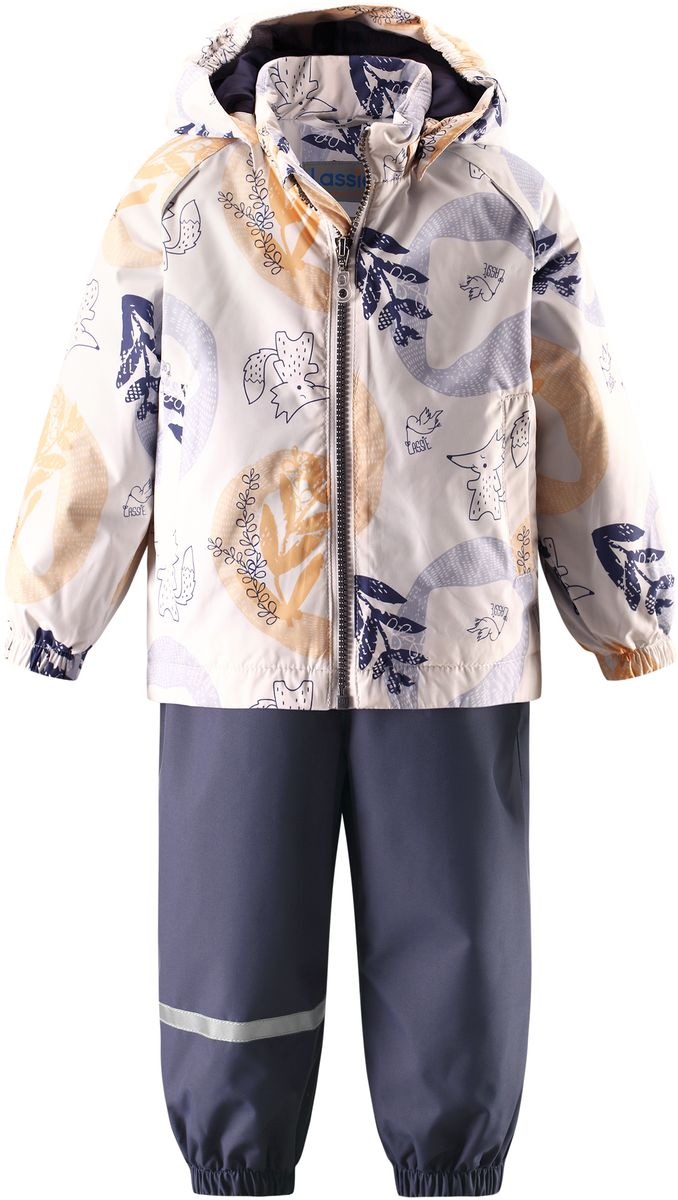 Комплект одежды детский Lassie: куртка, полукомбинезон, цвет: кремовый, темно-синий. 7137030211. Размер 807137030211Практичный демисезонный комплект для малышей состоит из куртки и полукомбинезона. Водоотталкивающему и ветронепроницаемому материалу не страшен небольшой дождик. Этот материал очень функциональный, но в то же время комфортный и дышащий. Гладкая подкладка из полиэстера на легком утеплителе согреет вашего маленького любителя приключений и облегчит вам процесс одевания. Полукомбинезон изготовлен из прочного материала и снабжен эластичными манжетами и съемными штрипками, чтобы не пустить внутрь холод и влагу. Благодаря эластичной талии и регулируемым эластичным подтяжкам он удобно сидит точно по фигуре. Куртка снабжена множеством продуманных элементов, например, безопасным съемным капюшоном, удлиненной спинкой, прорезными карманами и светоотражателями.