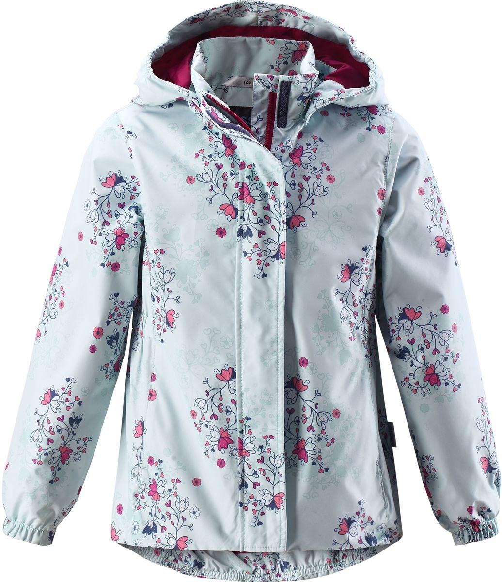 Куртка для девочки Lassie, цвет: бледно-зеленый. 721704R8781. Размер 140721704R8781Стильная демисезонная куртка для девочек изготовлена из водоотталкивающего, ветронепроницаемого и дышащего материала. Гладкая и приятная на ощупь подкладка из полиэстера на легком утеплителе согревает и облегчает процесс одевания. Удлиненная модель для девочек с эластичной талией, подолом и манжетами. Практичные детали просто незаменимы: безопасный съемный капюшон, карманы, вшитые в боковые швы, и светоотражающая эмблема сзади.