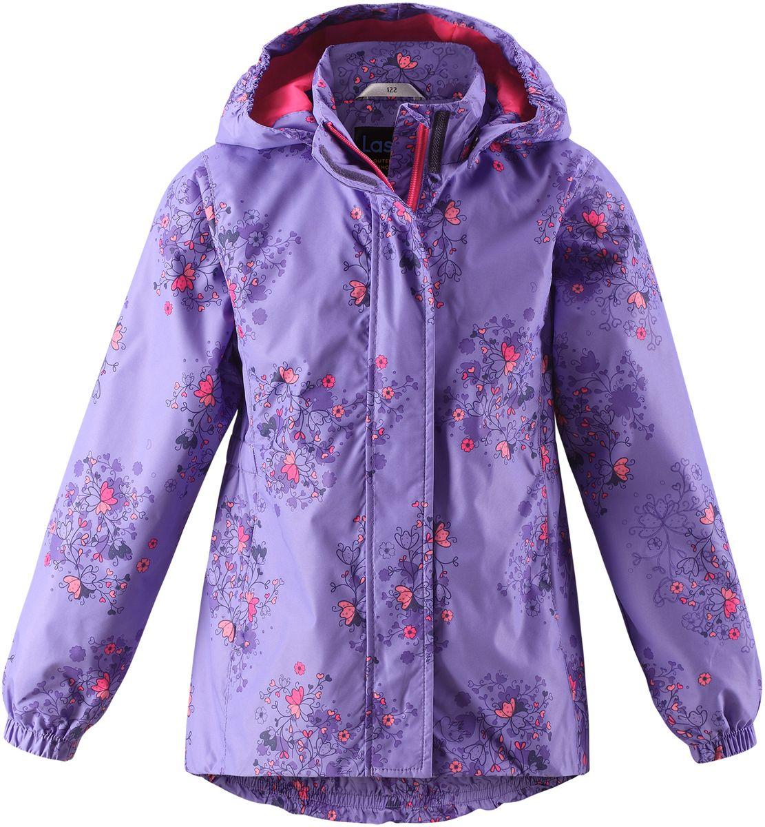 Куртка для девочки Lassie, цвет: сиреневый. 721704R5691. Размер 134721704R5691Стильная демисезонная куртка для девочек изготовлена из водоотталкивающего, ветронепроницаемого и дышащего материала. Гладкая и приятная на ощупь подкладка из полиэстера на легком утеплителе согревает и облегчает процесс одевания. Удлиненная модель для девочек с эластичной талией, подолом и манжетами. Практичные детали просто незаменимы: безопасный съемный капюшон, карманы, вшитые в боковые швы, и светоотражающая эмблема сзади.