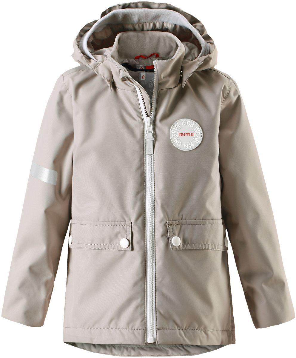 Куртка детская Reima Taag, цвет: серый. 5214810740. Размер 1225214810740В детской демисезонной куртке от Reima дождь не страшен: все основные швы проклеены, водонепроницаемы. Благодаря съемной стеганой жилетке эта куртка идеально подойдет для ранних весенних дней, ведь на улице все еще может быть холодно. А когда потеплеет, она легко превращается в облегченную модель. Большие карманы с клапанами и светоотражающие детали выполнены в ретро-стиле 70-х.