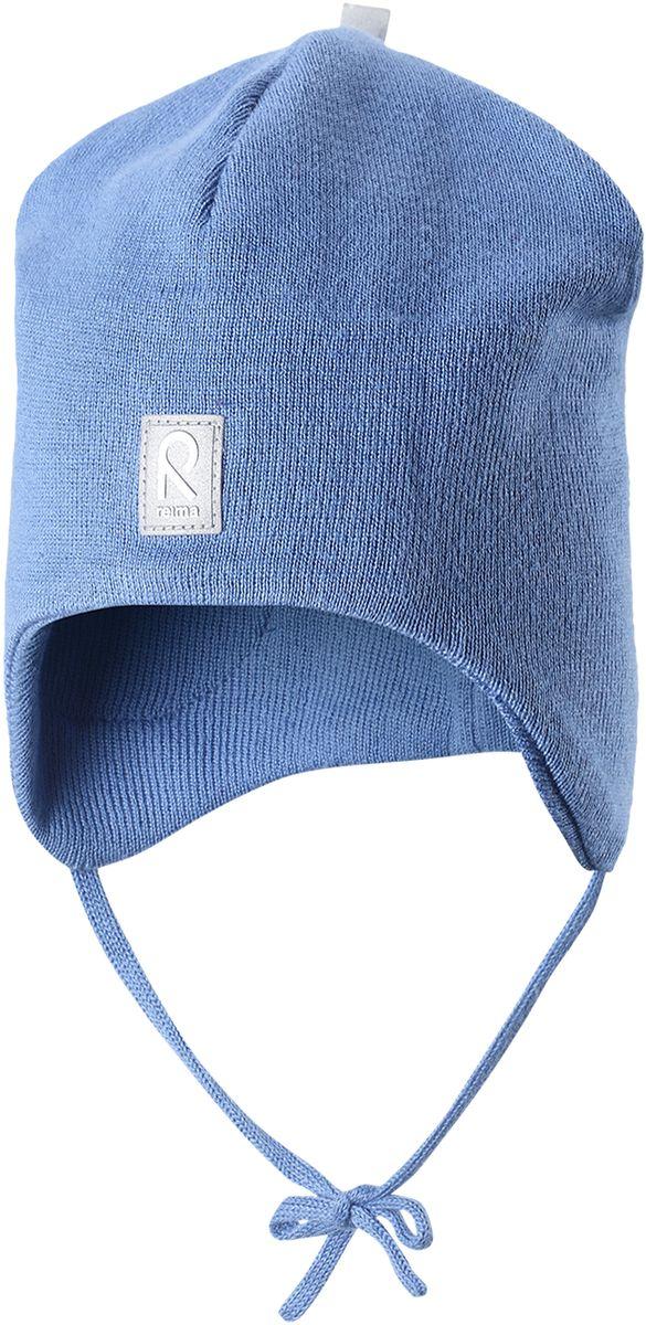 Шапка детская Reima Aqueous, цвет: голубой. 5183950. Размер 505183950Вязаная шапочка для малышей подходит на все случаи жизни. Благодаря классическому дизайну, она отлично сочетается с различными вариантами одежды. Полуподкладка из хлопчатобумажного трикотажа гарантирует тепло, а ветронепроницаемые вставки между верхним слоем и подкладкой защищают уши. Осенью рано темнеет, поэтому светоотражающие детали обеспечат дополнительную безопасность.
