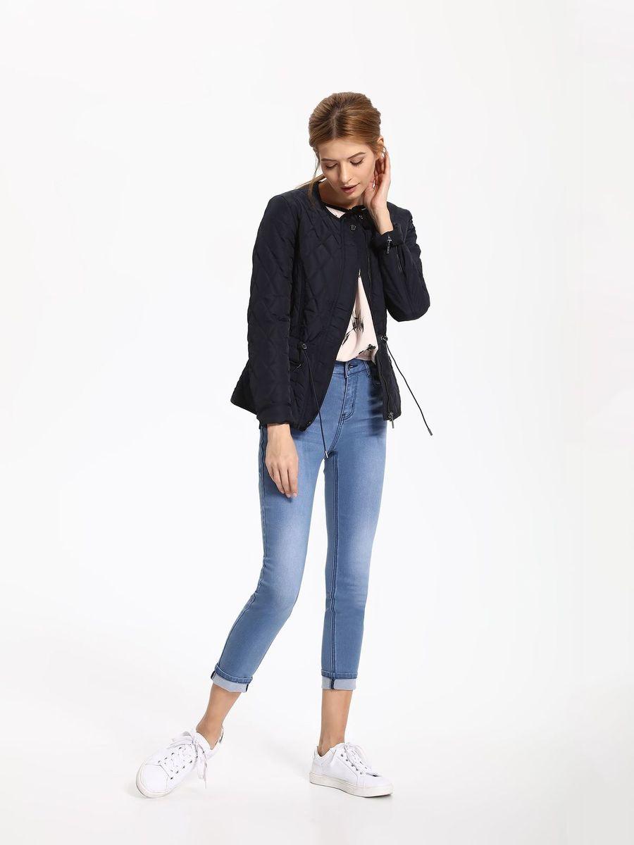 Куртка женская Top Secret, цвет: темно-синий. SKU0757GR. Размер 38 (46)SKU0757GRЖенская куртка Top Secret выполнена из полиэстера. Модель с круглым вырезом горловины и длинными рукавами застегивается на застежку-молнию.