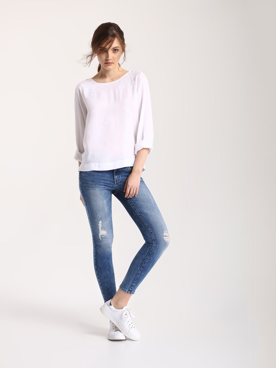 Джинсы женские Top Secret, цвет: синий. SSP2410NI. Размер 40 (48)SSP2410NIСтильные женские джинсы Top Secret - джинсы высочайшего качества на каждый день, которые прекрасно сидят. Модель изготовлена из высококачественного комбинированного материала. Эти модные и в тоже время комфортные джинсы послужат отличным дополнением к вашему гардеробу. В них вы всегда будете чувствовать себя уютно и комфортно.