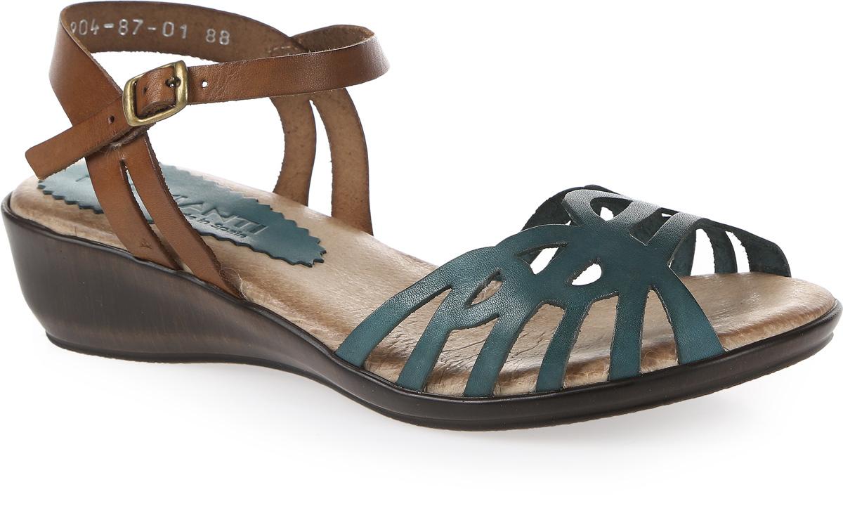 Сандалии женские Mia Mianti, цвет: зеленый, коричневый. 904-87-01/88. Размер 38904-87-01/88Стильные сандалии от Mia Mianti займут достойное место среди вашей коллекции летней обуви. Модель выполнена из натуральной кожи и декорирована на мыске оригинальным узором. Ремешок, огибающий пятку, с металлической пряжкой отвечают за надежную фиксацию модели на ноге. Стелька из натуральной кожи обеспечивает комфорт при ходьбе. Подошва выполнена из прочного полимера с противоскользящим рифлением. Модные сандалии прекрасно дополнят любой из ваших образов.