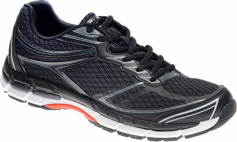 Кроссовки мужские Strobbs, цвет: черный. C2467-3. Размер 44C2467-3Стильные мужские кроссовки Strobbs отлично подойдут для активного отдыха и повседневной носки. Верх модели изготовлен из текстиляпо бесшовной технологии, что создает ощущение комфорта. Удобная шнуровка надежно фиксирует модель на стопе. Подошва обеспечивает легкость и естественную свободу движений. Мягкие и удобные, кроссовки превосходно подчеркнут ваш спортивный образ и подарят комфорт.