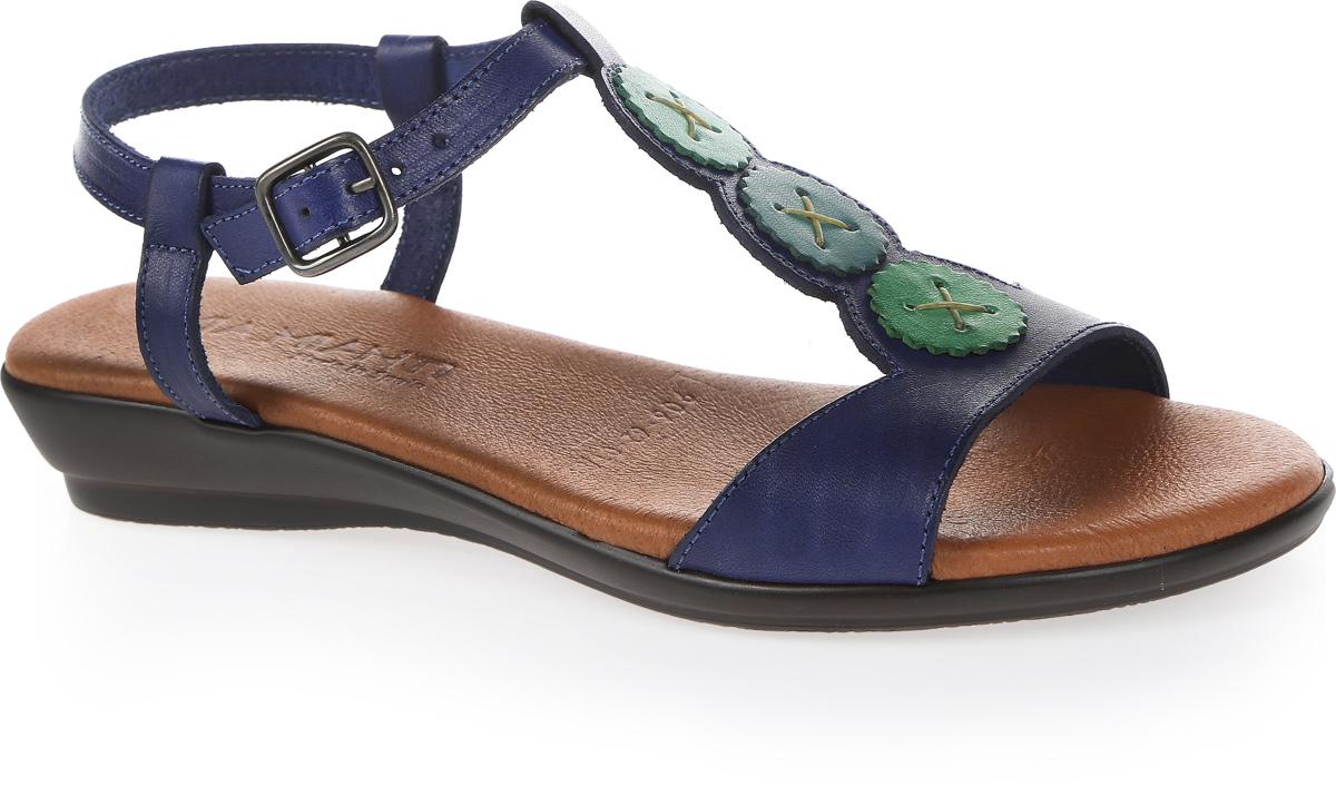 Босоножки женские Mia Mianti, цвет: синий. 906-62-01/88. Размер 38906-62-01/88Изящные босоножки от Mia Miantiзаймут достойное место среди коллекции вашей обуви. Модель выполнена из натуральной кожи. Тонкий ремешок оформлен контрастными вставками, в виде пуговиц. Длина ремешка регулируется за счет болта. Стелька из натуральной кожи обеспечит уют.Невысокий каблук устойчив. Рельефное основание подошвы обеспечивает сцепление с любой поверхностью. Такие босоножки сделают вас ярче и подчеркнут вашу индивидуальность!